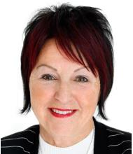 Jocelyne Deschênes, Courtier immobilier