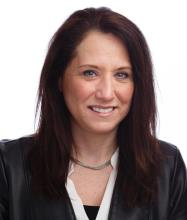 Monique Lauzon, Courtier immobilier