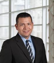 Marcial Morataya, Courtier immobilier résidentiel