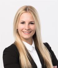 Sonya Kertland, Courtier immobilier résidentiel