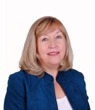 Halina Kralka, Real Estate Broker