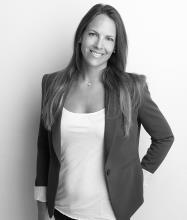 Jennifer Jackson, Courtier immobilier