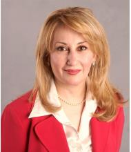 Roya Esfahani, Courtier immobilier agréé