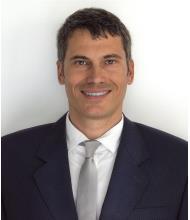 Julien Tourmetz, Courtier immobilier