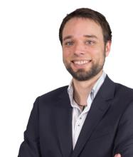Maxime Archambault, Courtier immobilier