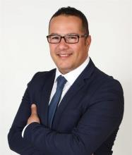 Hatim Mzouak, Courtier immobilier