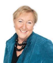 Elizabeth Cox, Courtier immobilier
