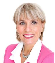 Sylvie Thériault, Courtier immobilier