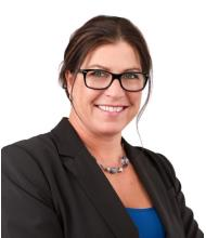 Manon Dulac, Courtier immobilier