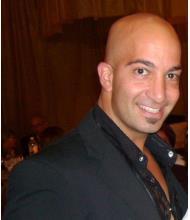 Arnaud-Ochine Kuyumcu, Courtier immobilier