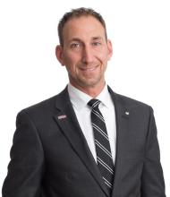 Éric Perreault, Courtier immobilier
