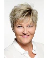Deborah Newton, Courtier immobilier agréé