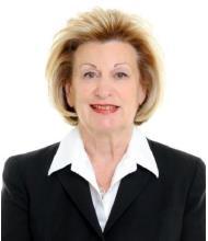 Nina Miller, Courtier immobilier agréé