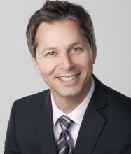 Claude Lavoie, Courtier immobilier