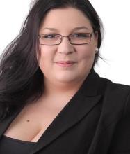 Gabrielle Borgia, Courtier immobilier