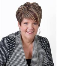 Hélène F. Corriveau, Courtier immobilier agréé