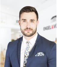 Sébastien Cordeau, Real Estate Broker