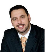 Steve Traiforos, Courtier immobilier