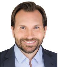 Yanick E. Sarrazin, Courtier immobilier résidentiel