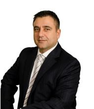 Arshag Yeretzian, Courtier immobilier
