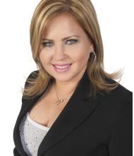 Zenaida Chavez Calero, Residential Real Estate Broker
