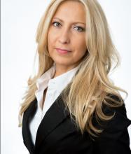 Gemma Cavicchia, Courtier immobilier