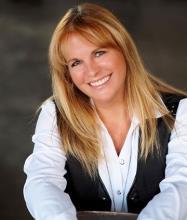 Julie Thériault, Courtier immobilier