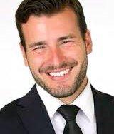 Emmanuel Maroupas, Courtier immobilier