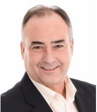 Sylvain Bicari, Courtier immobilier