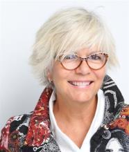 Marie Girouard, Courtier immobilier