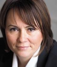 Isabelle Caron, Courtier immobilier agréé