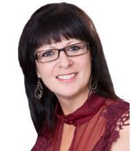 Anna Larocque, Courtier immobilier