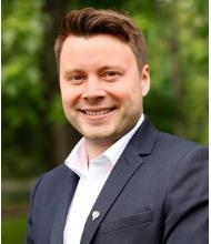 Simon Veilleux, Real Estate Broker