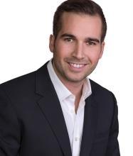 Derek Beech, Courtier immobilier résidentiel