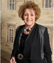Gloria Desrochers, Real Estate Broker