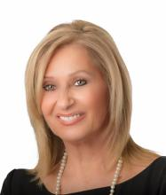 Gloria Di Rienzo, Real Estate Broker