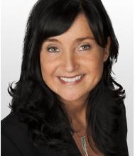 Elise Toussaint, Courtier immobilier