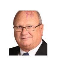 Richard Néron, Courtier immobilier agréé