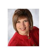 Linda Larivière, Certified Real Estate Broker AEO