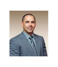 Mike Medeiros, Courtier immobilier