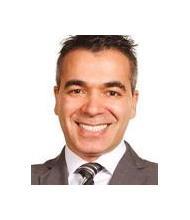 Ricardo Medeiros, Courtier immobilier