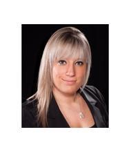 Naomi Deschênes, Real Estate Broker