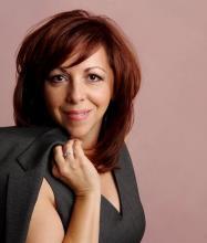 Antoinette Sirianni, Courtier immobilier résidentiel