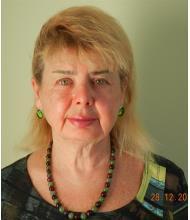 Yelena Krupnik, Courtier immobilier agréé