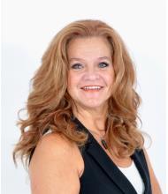 Hélène Paquette, Courtier immobilier
