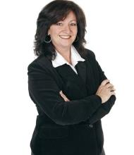 Annie Ouellette, Courtier immobilier