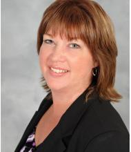 Kelly Carr, Courtier immobilier