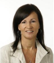 Annie Fillion, Courtier immobilier