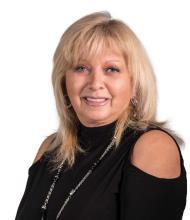 Francine Dupuis, Courtier immobilier