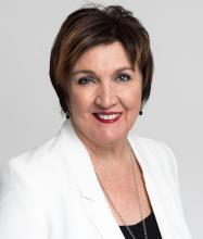Lucie Mc Clish, Courtier immobilier agréé DA